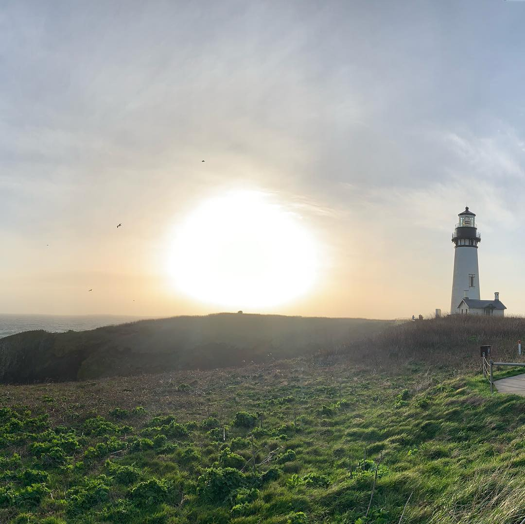 Yaquina Lighthouse, OR